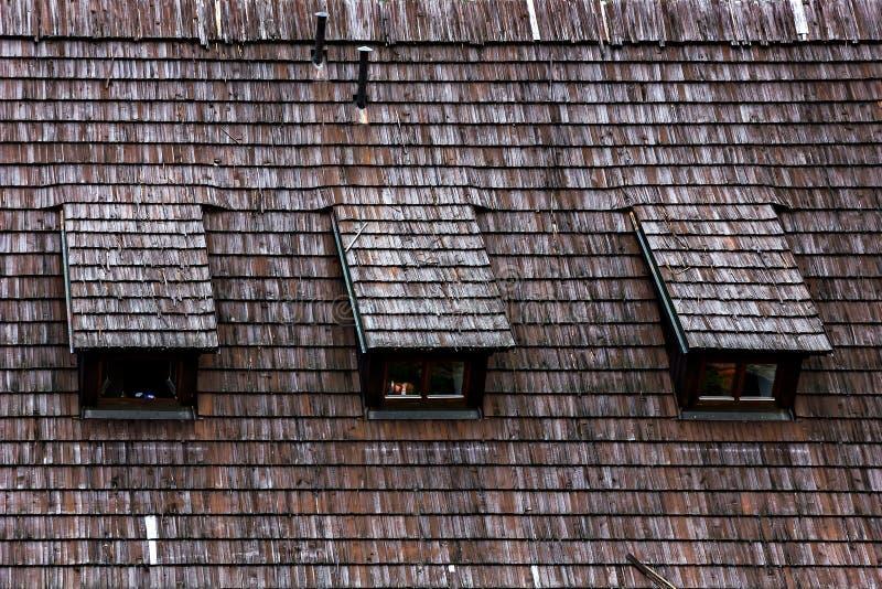 De houten textuur van het dakspaandak. stock foto's