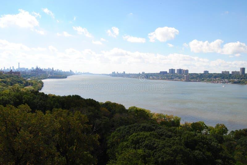 De Hudson rivier vanaf de top van de George Washington Bridge stock fotografie