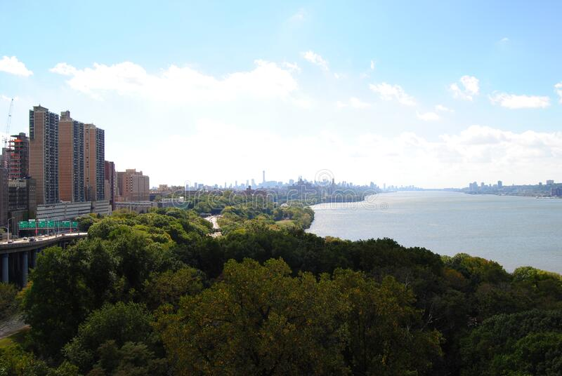 De Hudson rivier vanaf de top van de George Washington Bridge royalty-vrije stock afbeeldingen
