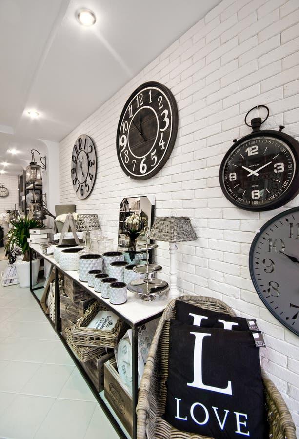 De huisdecoratie winkelen binnenland stock afbeelding