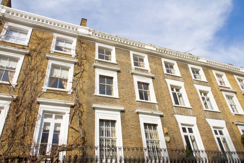 De huisvesting van de luxe in Knightsbridge Londen royalty-vrije stock afbeeldingen