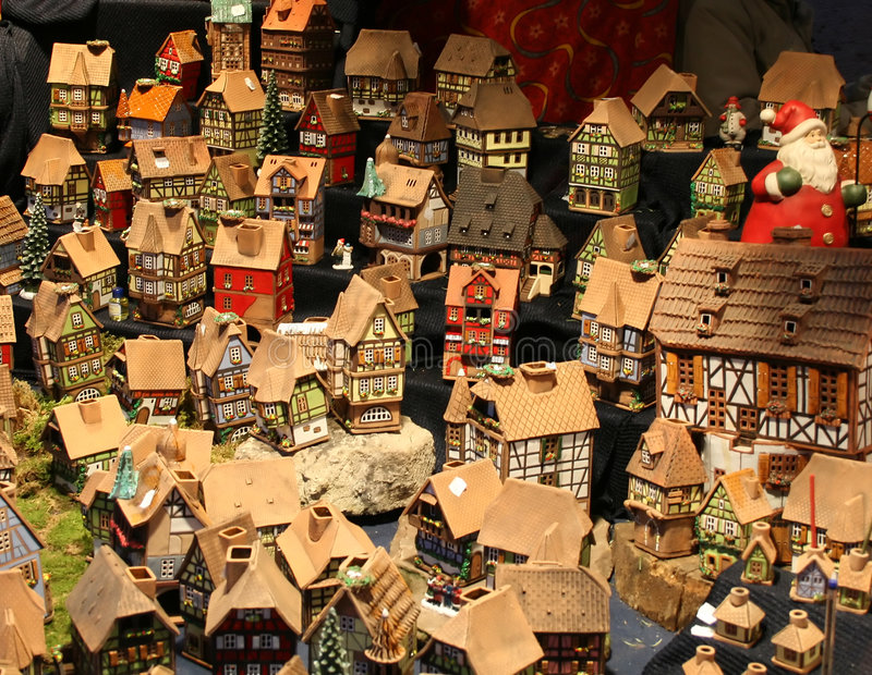 De huizen van de Elzas stock afbeeldingen