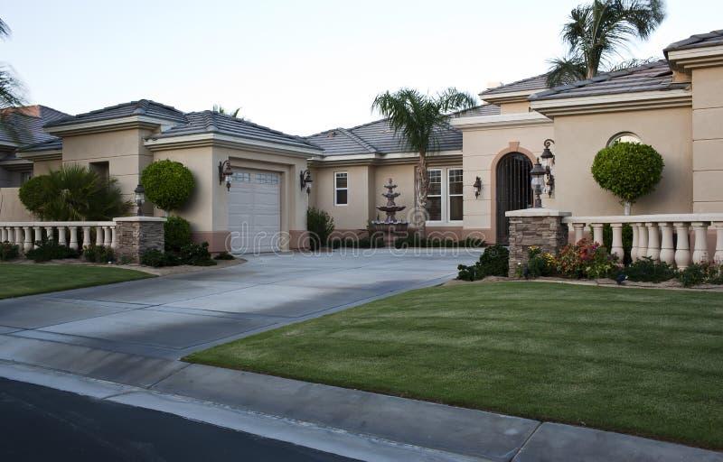 De huizen van de het golfcursus van het Palm Springs royalty-vrije stock afbeeldingen