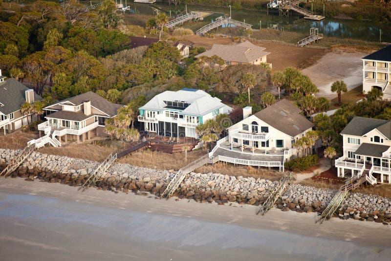 De huizen van Oceanfront royalty-vrije stock afbeelding