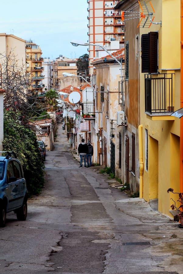 De huizen voor de sociaal minder begunstigde bevolking stock afbeeldingen