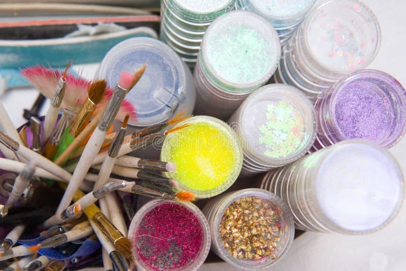 De hulpmiddelen van het schoonheidsspecialistwerk stock foto's