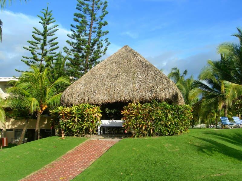 De hut van het kuuroord bij toevlucht in Costa Rica stock afbeeldingen