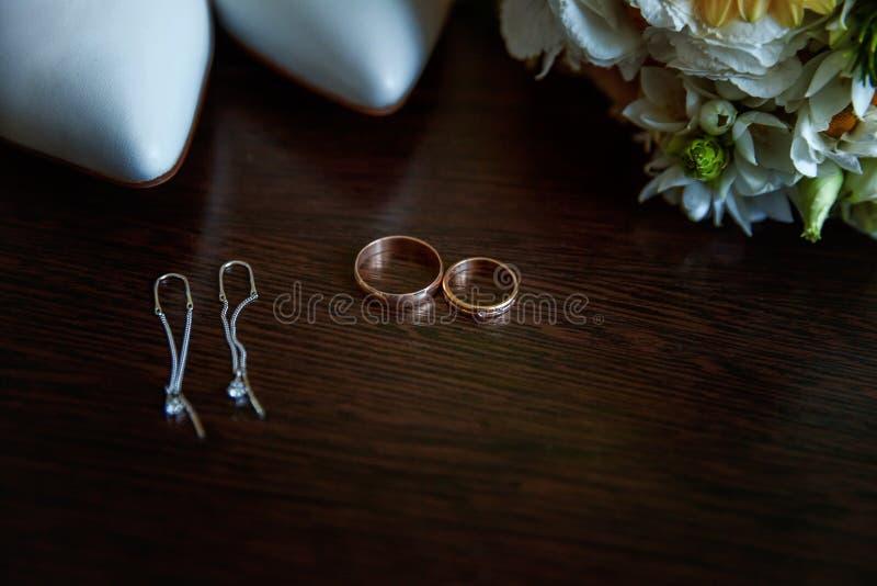 De huwelijkstoebehoren sluiten omhoog royalty-vrije stock foto's
