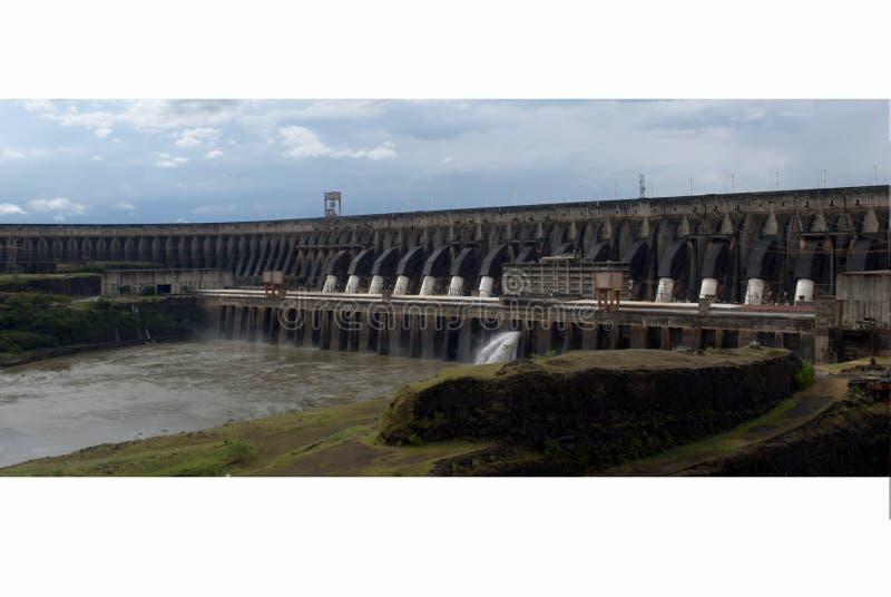De hydro-elektrische installatie van Itaipu stock fotografie
