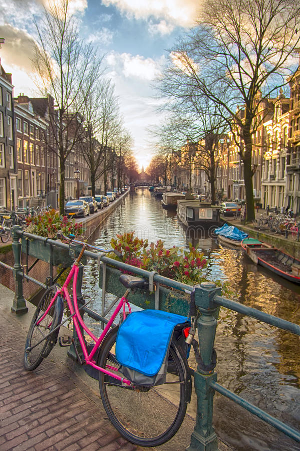 De Iconische mening van Amsterdam royalty-vrije stock foto