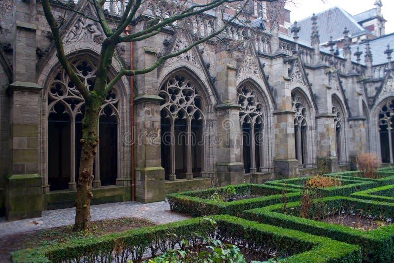 De idyllische Tuin van Utrecht bij de Kathedraal royalty-vrije stock foto's