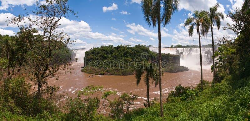 De Iguacu nedgångarna i Argentina Brasilien arkivfoto