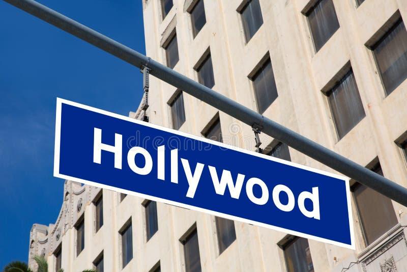 De illustratie van het Hollywoodteken over La-boulevard stock fotografie