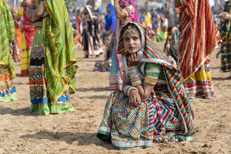 De Indische jonge Kameel Mela, Rajasthan, India van meisjes op tijd Pushkar, sluit omhoog portret royalty-vrije stock foto's