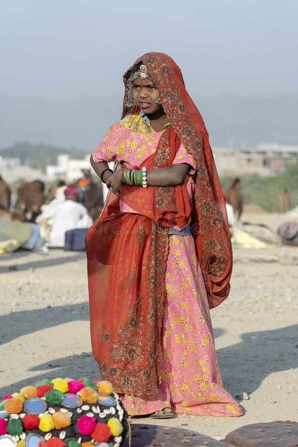 De Indische slechte Kameel Mela, Rajasthan, India, close-upportret van meisjes op tijd Pushkar stock afbeeldingen
