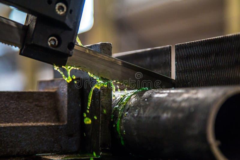 De industriële machine van de besnoeiingsbuis royalty-vrije stock foto