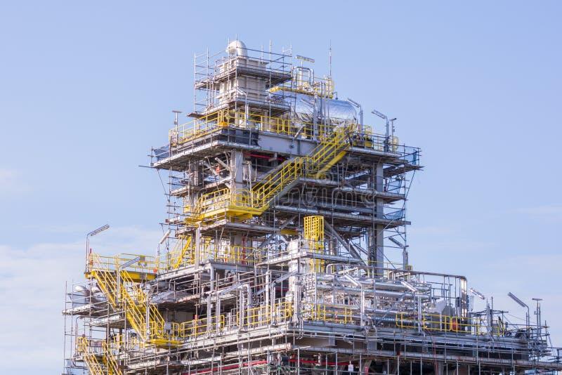 De industriekraan en bouwconstructie royalty-vrije stock foto