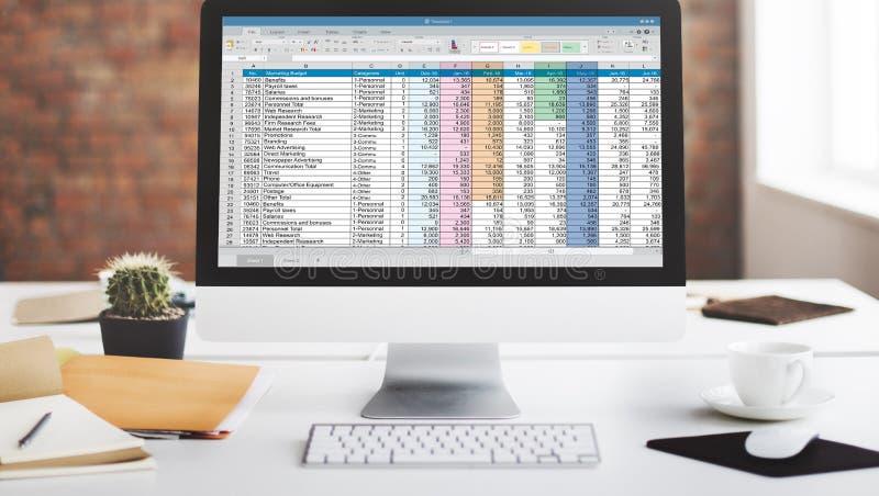 De Informatie Financieel van het start spreadsheetdocument Concept stock afbeeldingen