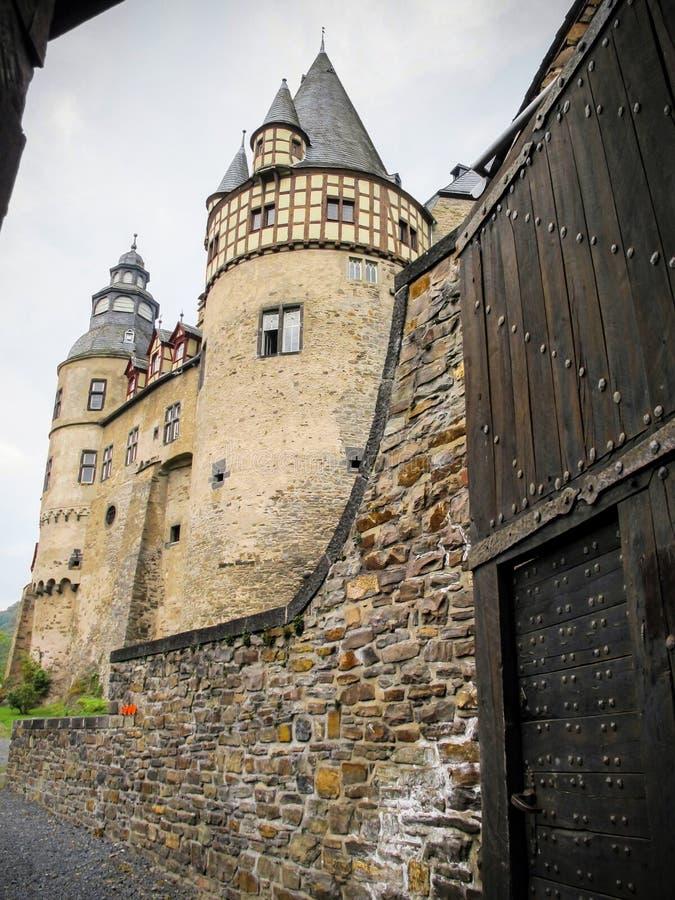 De ingang aan het Buerresheim-Kasteel, Sankt Johann Germany stock foto