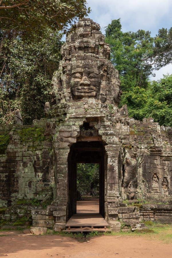 De ingang die van Banteaykdei gezicht van Boedha tonen royalty-vrije stock foto