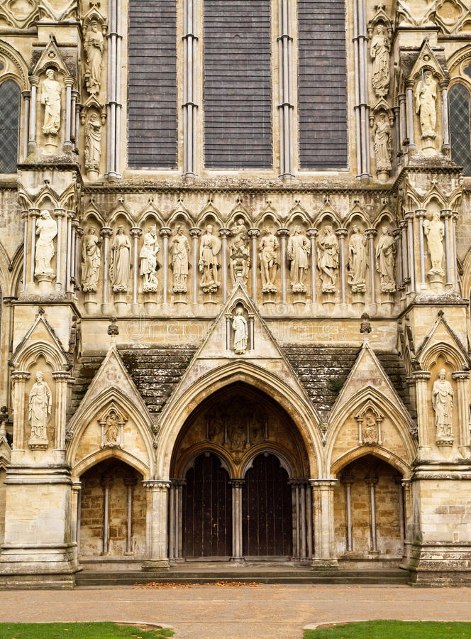 De Ingang van de Kathedraal van Salisbury royalty-vrije stock afbeelding