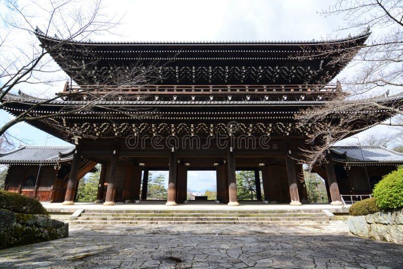 De ingang van de Sanmonhoofdingang aan historisch chion-in tempel in Kyoto, Japan royalty-vrije stock afbeelding