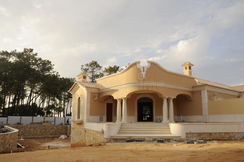 De ingang van het huis in aanbouw stock afbeelding afbeelding
