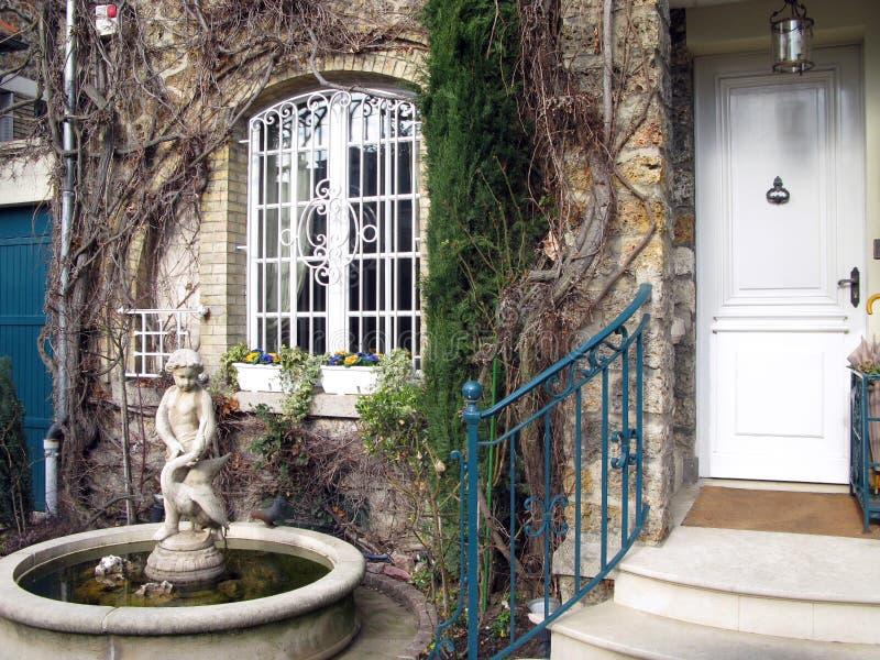 De ingang van het luxehuis royalty-vrije stock foto
