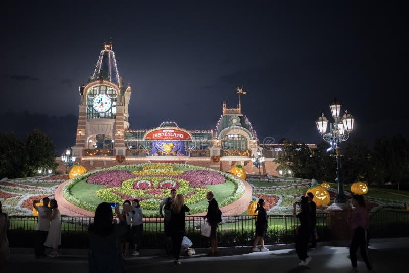 De ingang van Shanghai, China Disneyland stock afbeelding