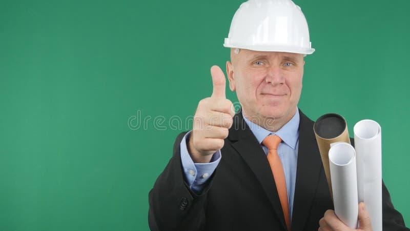 De ingenieur Confiding Image Smile en maakt omhoog tot Duimen een Goed Baanteken stock afbeeldingen