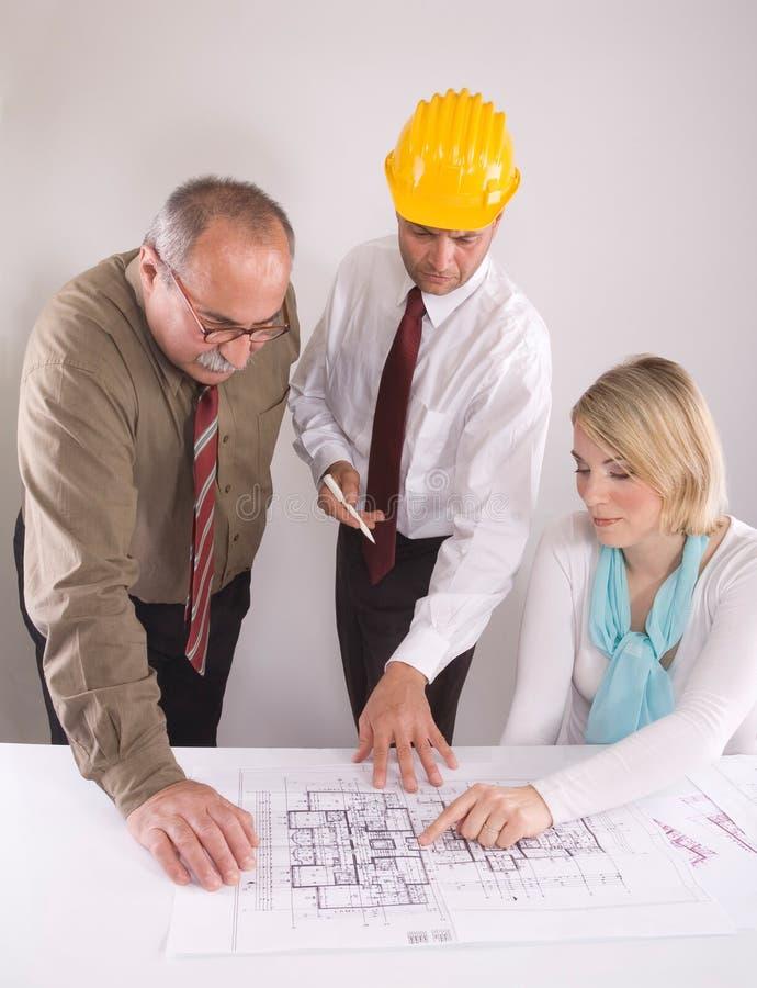 De ingenieurs van de bouw royalty-vrije stock afbeeldingen