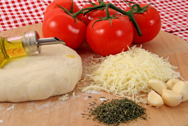 De Ingrediënten van de pizza royalty-vrije stock foto's