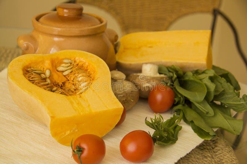 De ingrediënten van de pompoenhutspot stock foto