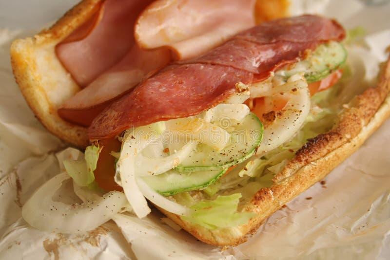 De Ingrediënten van de sandwich en Binnenkant van sub royalty-vrije stock afbeeldingen