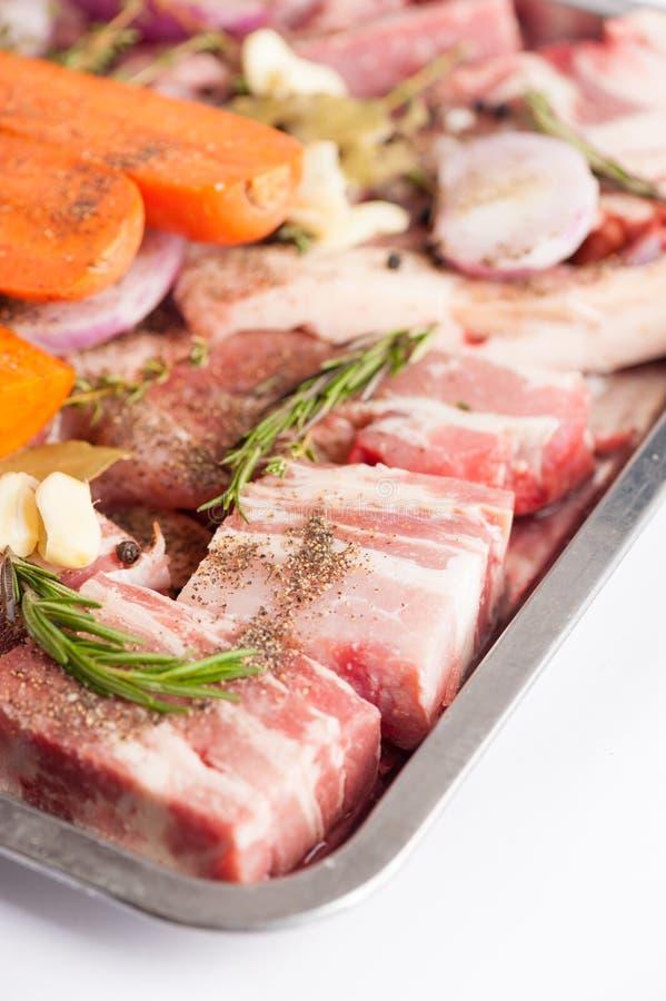 De ingrediënten van de varkensvleesvoorraad stock afbeeldingen