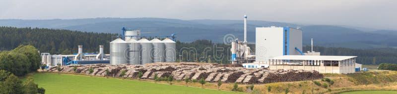 De installatie van de biomassacogeneratie stock foto
