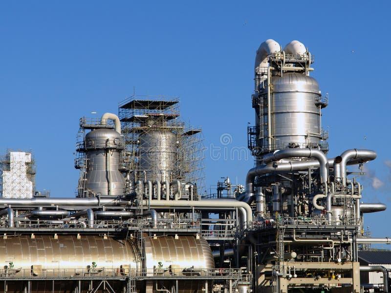 De installatie van de raffinaderij royalty-vrije stock afbeeldingen