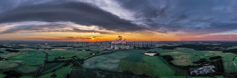 De Installatie van de Temelinkernenergie in Zuid-Bohemen in Tsjechische Republiek stock foto