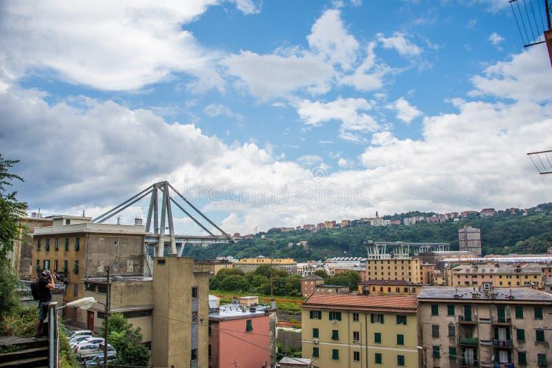 De instorting van hangbrug Morandi Ponte Morandi stock afbeeldingen
