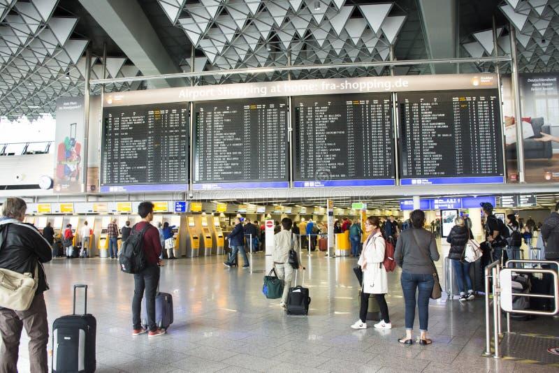 De Internationale Luchthaven van Frankfurt in Frankfurt, Duitsland royalty-vrije stock foto's