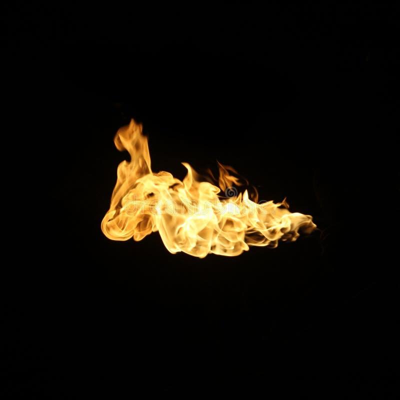 De inzameling van brandvlammen op zwarte achtergrond wordt geïsoleerd die royalty-vrije stock afbeeldingen