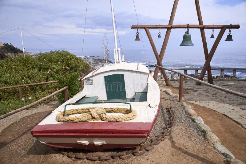 10/08/2016 de Isla Negra, o Chile Vistas e paisagens de uma das casas na costa central do poeta chileno Pablo Neruda fotos de stock royalty free