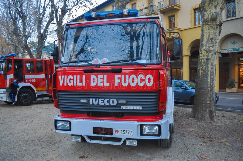 De Italiaanse vrachtwagen van de brandbrigade royalty-vrije stock foto's