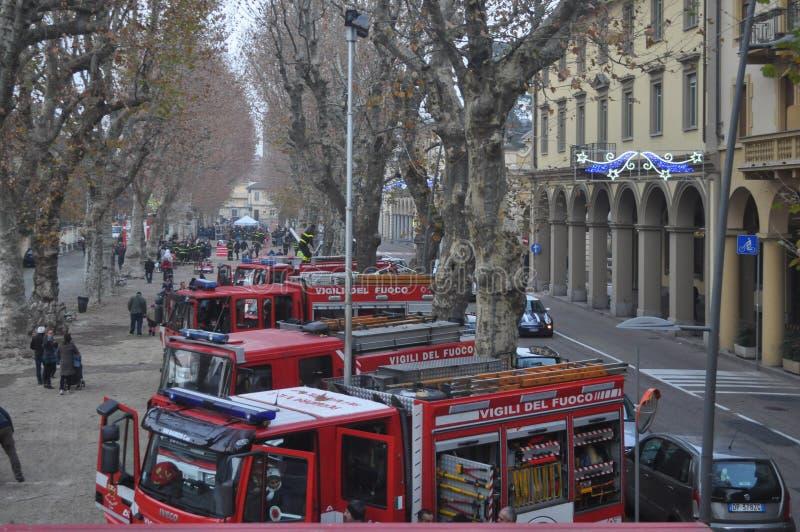 De Italiaanse vrachtwagen van de brandbrigade stock fotografie