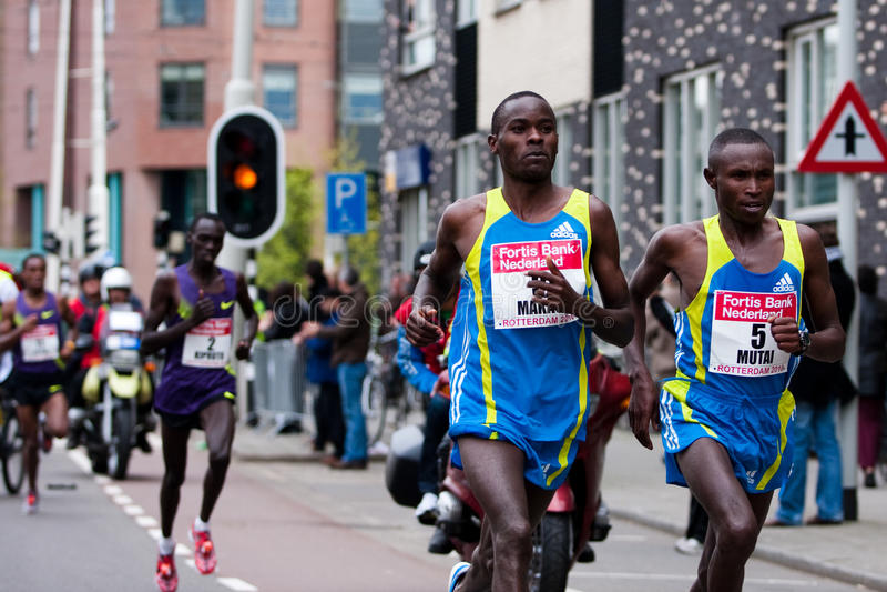 De jaarlijkse Marathon 2010 van Fortis Rotterdam stock foto's