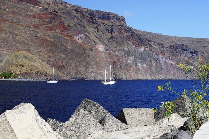 De jachthaven van Valle Gran Rey, La Gomera stock fotografie