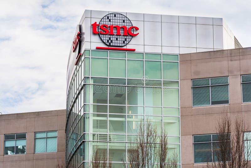 12 de janeiro de 2020 San Jose / CA / USA - sede da TSMC da Taiwan Semiconductor Manufacturing Company, no Vale do Silício; O TSM imagens de stock
