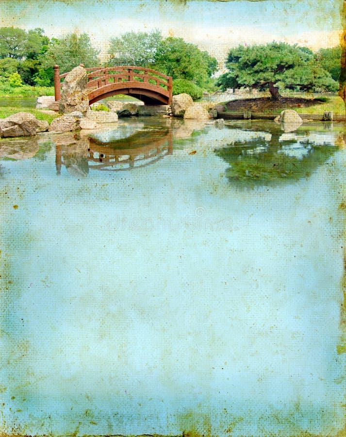 De Japanse Brug van de Tuin op een Achtergrond Grunge royalty-vrije stock foto