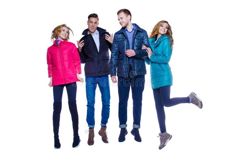 De jeugd in jasjes royalty-vrije stock afbeelding