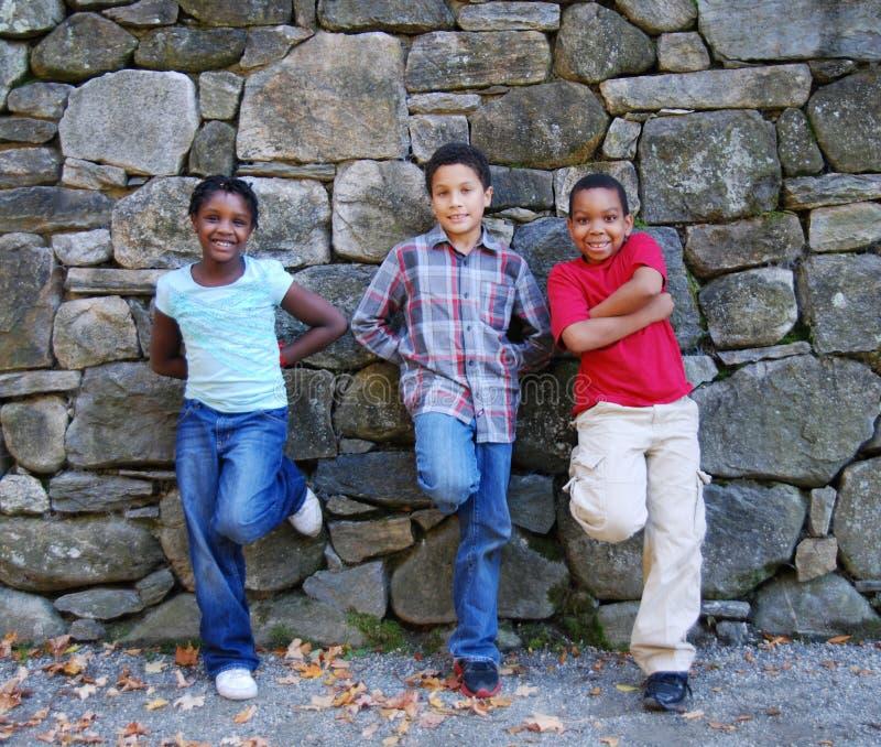 De Jonge geitjes van de diversiteitsstad royalty-vrije stock fotografie